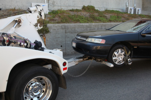 How to Avoid Illegal Towing Scams